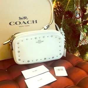 Gorgeous coach crossbody purse bag